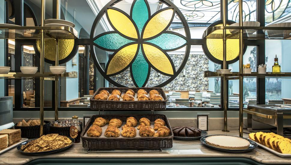 Hôtel Saint Petersbourg - Breakfast